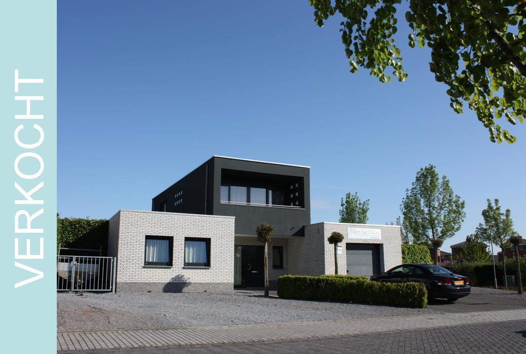 Holzbalken in nieuw gebouw woonkamer inspiratie het beste interieur - Nieuw huis ...