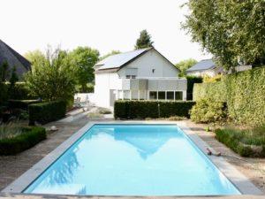 Instap klare villa met zwembad, 3 slaapkamers en gastenverblijf/poolhouse aan de voet van de Kollenberg